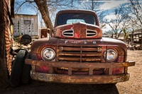 Rusty Ford Truck on Historical Route 66